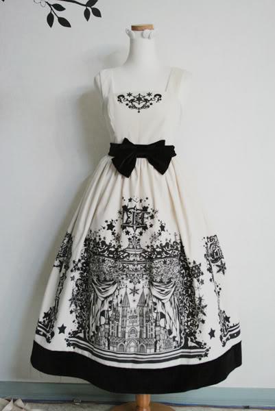 Lief — Sacred Night velvet dress — Ivory x Black
