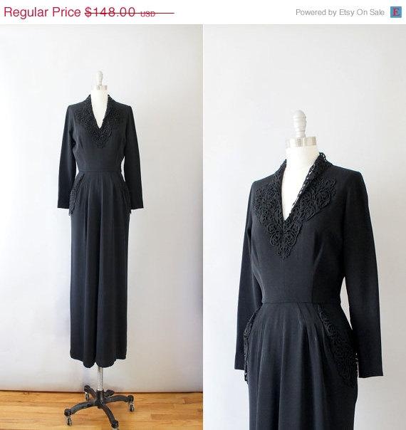 Coralroot — 1940s rayon dress — Black