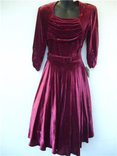Revival Vintage Clothing — 1940s velvet dress — Rasberry