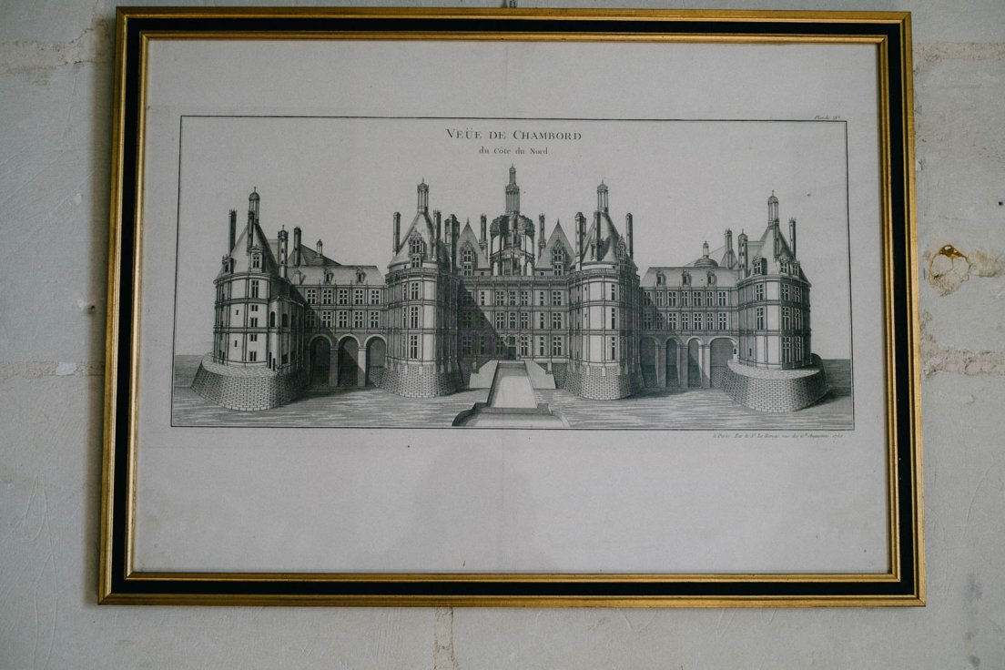 Detail of an old engraving depicting Chambord Castle