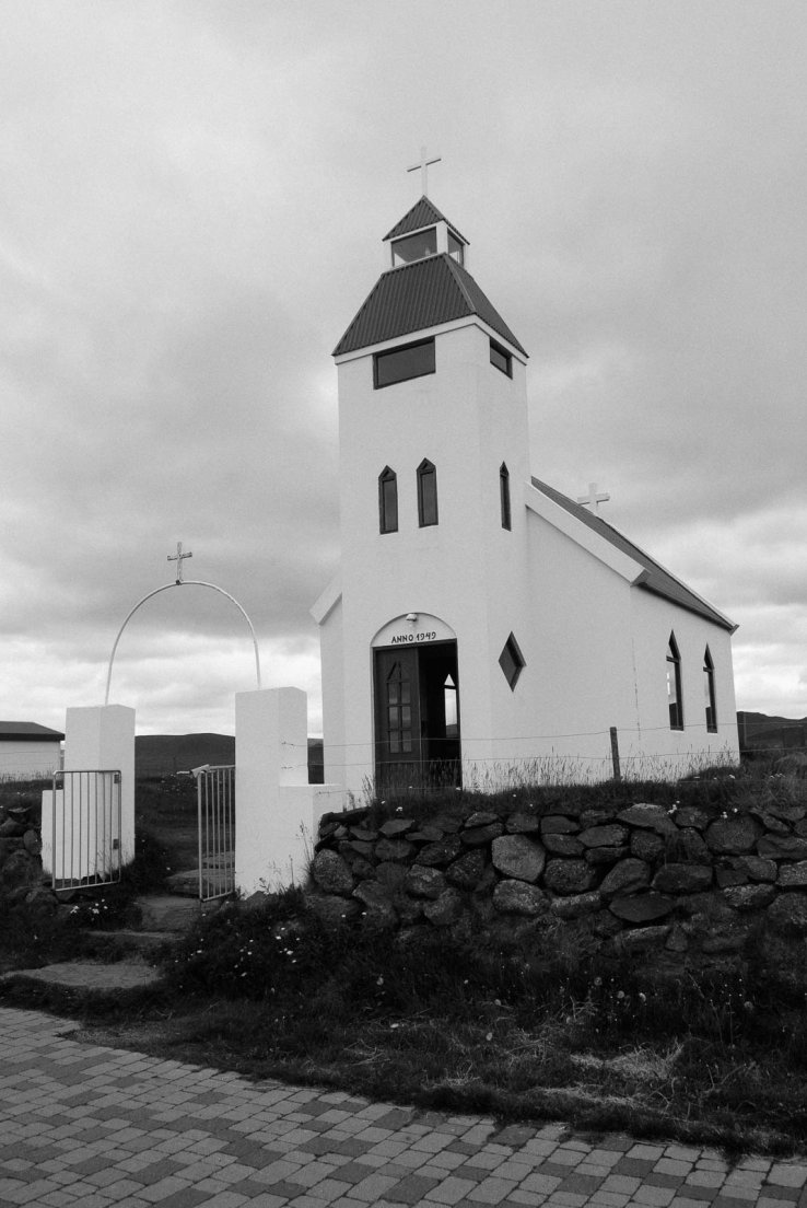 Black and white photograph of an icelandic church dated 1949